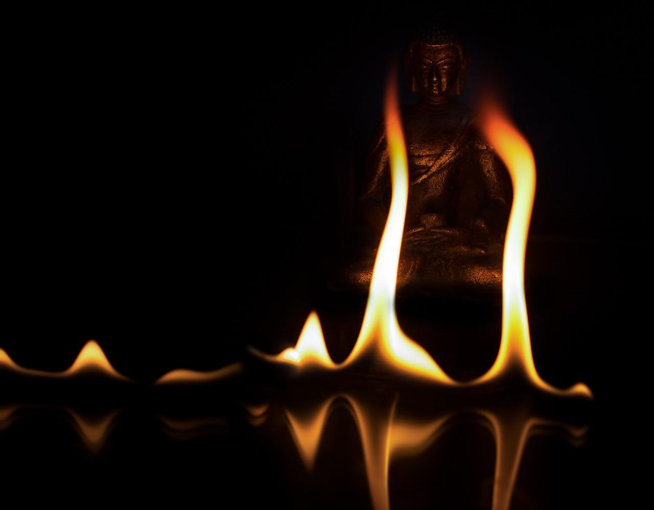 霊が守ってくれる仏壇